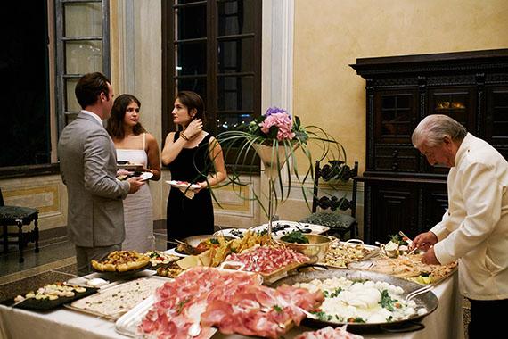 buffet-nel-salone
